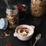 Granola ganz einfach für's Frühstück selber machen- so einfach geht's!