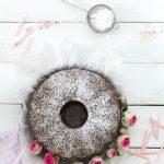 Rotweinkuchen mit Schokolade und Zimt -dieser einfache Guglhupf schmeckt das ganze Jahr