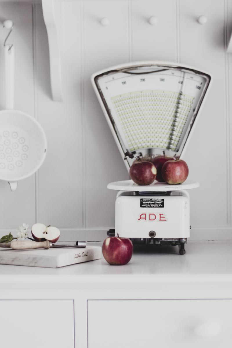 Pfannkuchen mit Apfelmus
