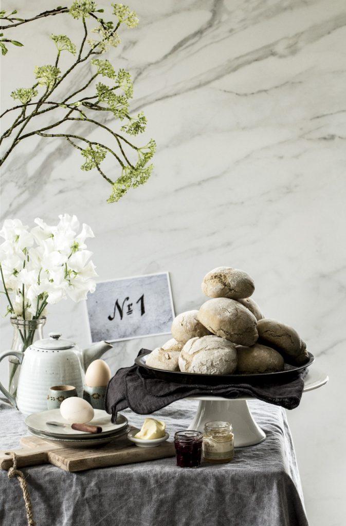 Sonntagsfrühstück: Brötchen ganz einfach selber backen | Dee's Küche