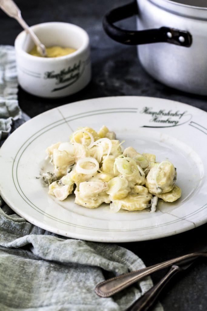 Kartoffelsalat mit Mayonaise ganz einfach selber machen | Dee's Küche