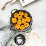 Tarte Tatin mit Aprikosen: so einfach geht's