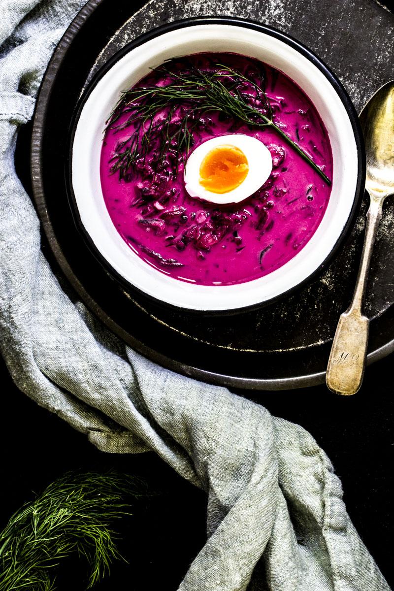 Kalte litauische Rote-Bete-Suppe: Saltibarsciai