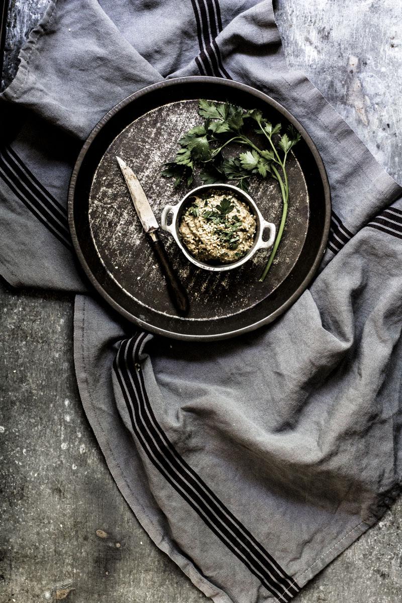 Baba Ganoush: herzhafte Auberginenpaste ganz einfach selber zubereiten