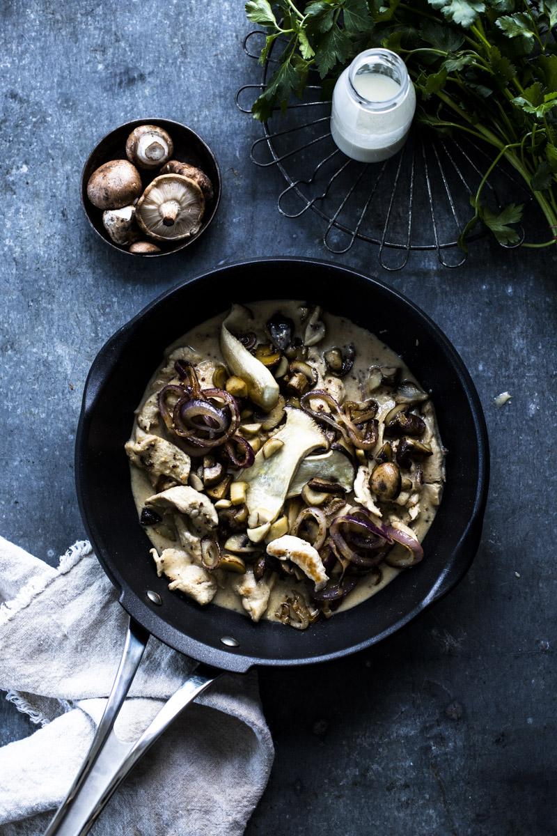 Hähnchen in Senfsauce ... serviert mit Baguette, Pasta oder Kartoffeln - so einfach, so lecker, so gut!