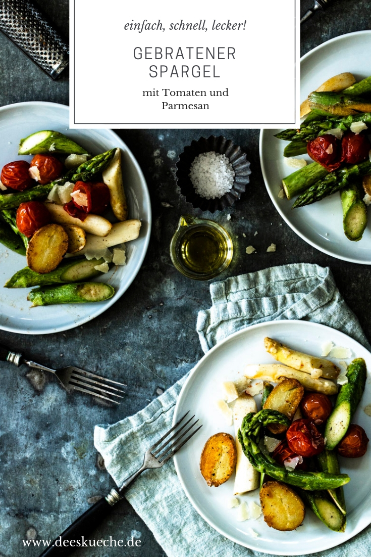 gebratener Spargel mit geschmolzener Tomaten und Parmesa- sinfach und lecker! #spargel #grünerspargel #weisserspargel #frühlingsküche #spargelsalat