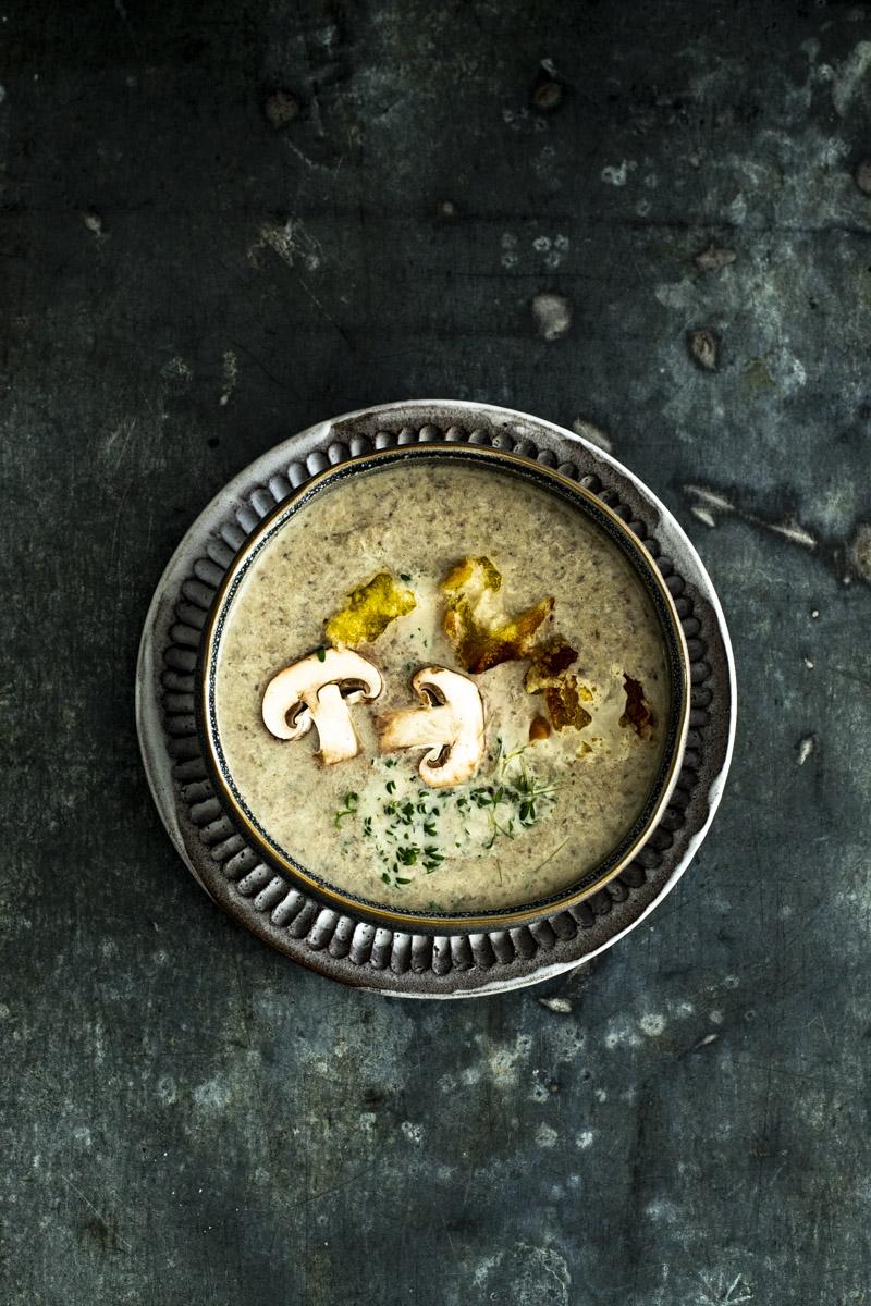 Champignoncremesuppe - so einfach geht's! #suppe #vorspeise #weihnachtsmenü #champignons #pilze #herbstküche