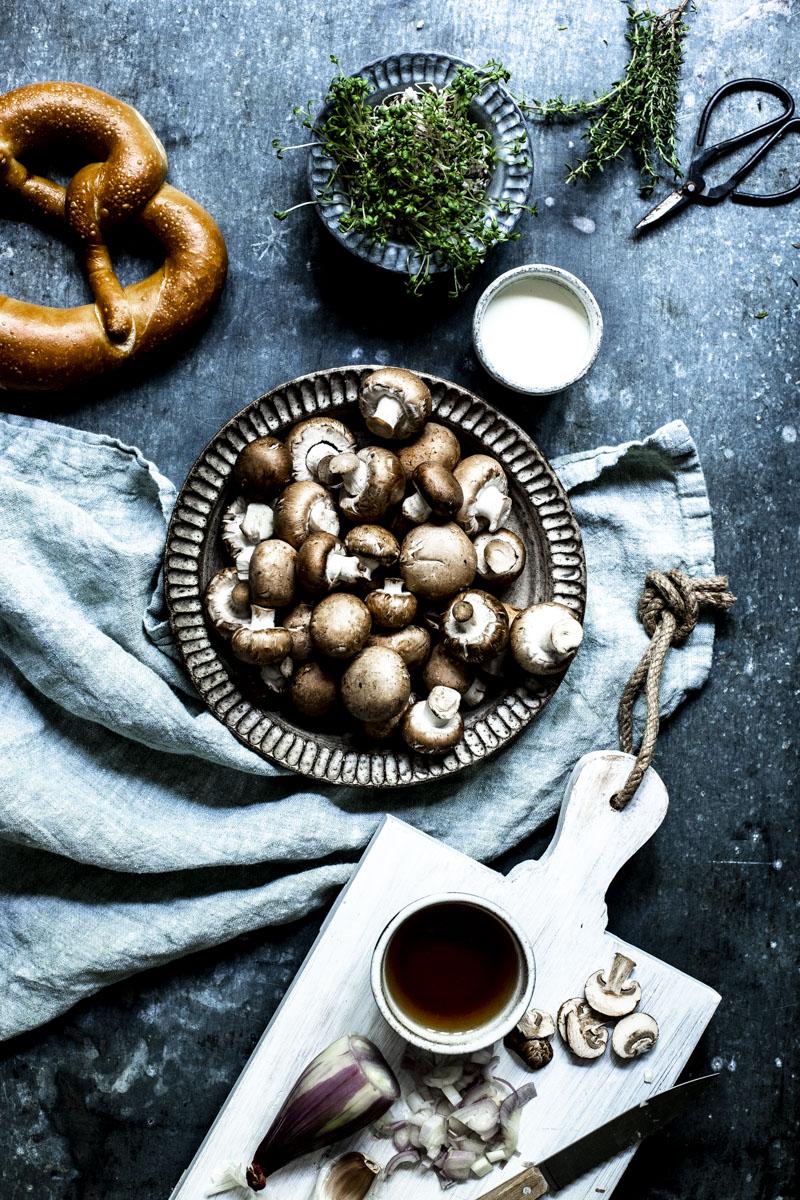 Champignoncremesuppe - so einfach geht's! #vorspeise #suppe #champignons #weihnachtsmenue #pilze #herbstküche