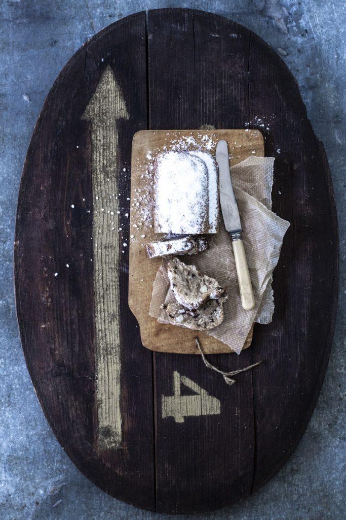 Oma's Stollen Rezept: Klassiker zu Weihnachten #backen #weihnachtsbäckerei #weihnachten #klassiker #einfach #rezept #stollen #weihnachtsstollen