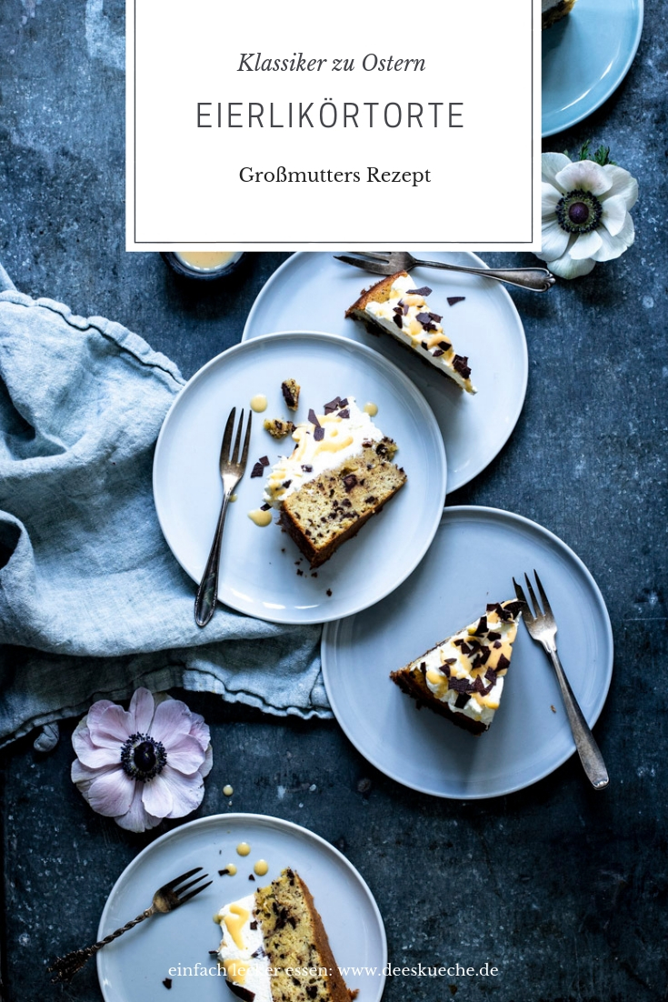 Die beste Eierlikörtorte mit Schokoladenboden - so einfach geht's #ostern #osterezepte #backen #ostergebäck #eierlikör #eierlikörtorte #eierlikörkuchen #Kaffeetafel