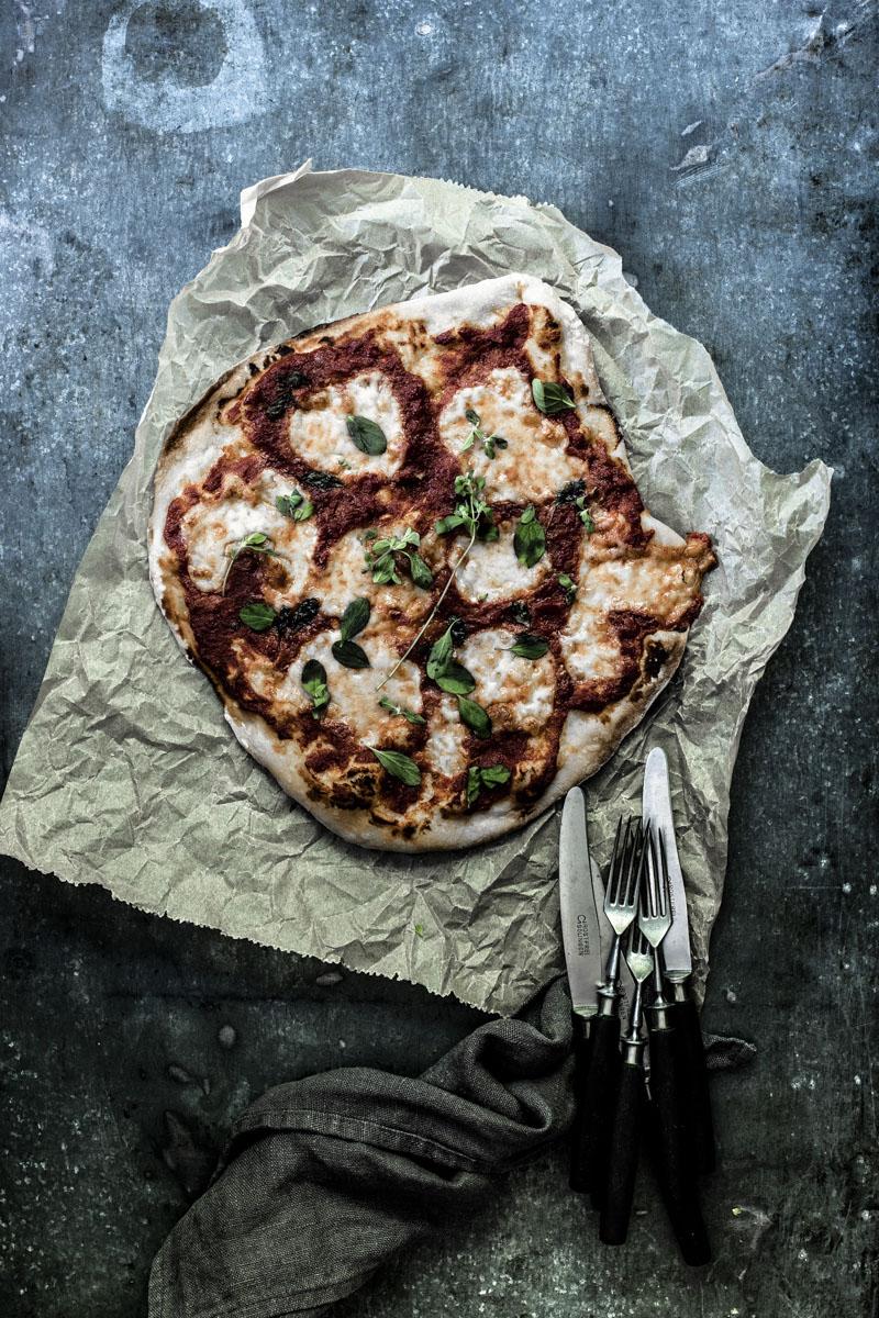 Pizzateig selber machen-so einfach geht's #pizza #blech #einfach #rezepte #pizzamagherita #pizzateig #italienischeküche