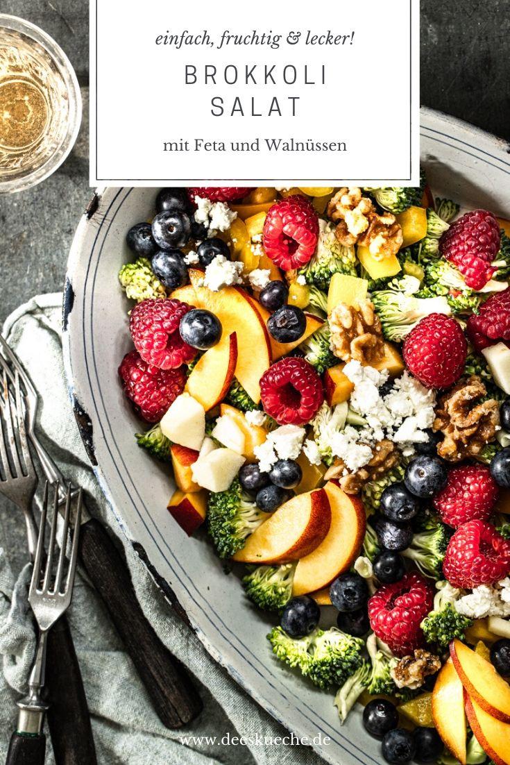 Brokkolisalat mit Feta und Walnüssen #rezepte #vegan # salat #vegetarischerezepte #brokkolisalat #lowcarb #mitapfel #mitfeta #mitpinienkernen #mittrauben