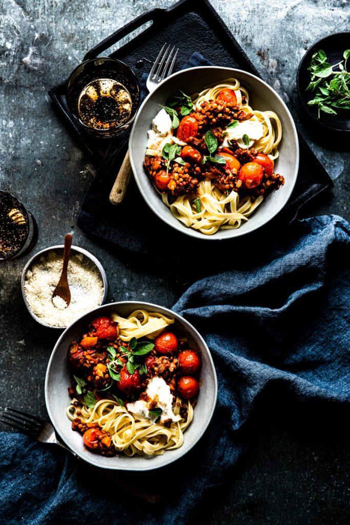 vegetarische Linsenbolognese mit Spaghetti – einfaches Rezept und schnell gemacht