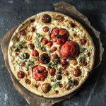 Tomatentarte mit Ziegenkäse - schnell, einfach und lecker! So geht's
